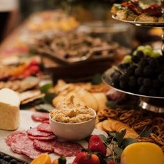 Grazing Table Gallery – Table & Thyme Wedding Appetizer Table, Appetizers Table, Wedding Appetizers, Appetizer Recipes, Brunch Party, Easter Brunch, Charcuterie Recipes, Charcuterie Board, Bridal Party Foods