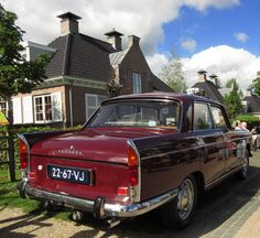 Peugeot 404 Auto Peugeot, Peugeot 404, French Classic, Classic Cars, Tottenham Hotspur, Car Car, Old Cars, Fiat, Cars And Motorcycles