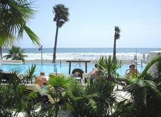 Estepona Apartment Rentals in Spain | Luxury 3 bedroom beach apartment on Mar Azul resort, South Coast of Spain #spain #sea #pool