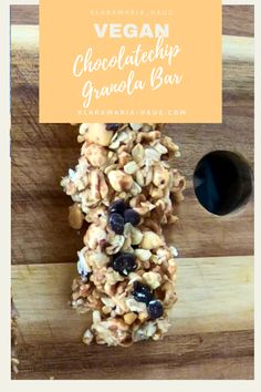 Making your own granola bars WITHOUT SUGAR is the perfect breakfast for stressful days! Or as a snack for work, university, school or hiking! Healthy Vegan Breakfast, Healthy Snacks, Best Vegan Recipes, Snack Recipes, Homemade Muesli Bars, Smoothie, Make Your Own Granola, Chocolate Granola, Snacks For Work