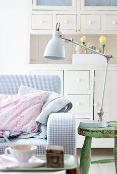 Minty House, pastels, Ib Laursen, tea time, spring