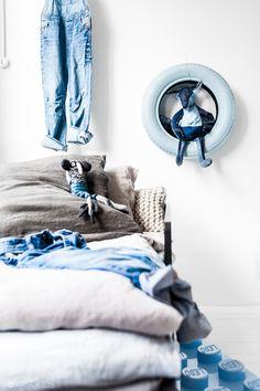 Association bleu et gris pour une chambre d'enfant