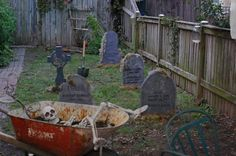 Look at this backyard set up for a Halloween party.