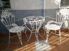 MESA Y SILLAS HIERRO FORJADO - foto 1 3 Piece Bistro Set, Iron Furniture, Decor, Diy Decor, Furniture, Outdoor Tables, Metal Furniture, Vintage Furniture, Home Decor