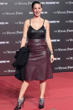 Andrea Delogu walks the red carpet at 'The Young Pope' premiere at The Space Cinema on October 9, 2016 in Rome, Italy.