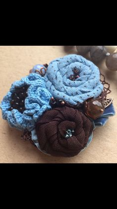 """Купить Текстильно-вязаная брошь """"Голубая мечта"""" - голубая брошь, брошь ручной работы"""