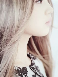 NAME: MEI WU // YEAR: SEVENTH YEAR // ROLE: CLASSMATE // RELATED TO: CHO CHANG // PLAYED BY: LEE HI