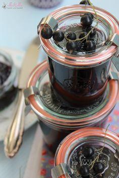 ullatrulla backt und bastelt: Wenn ich groß bin, möchte ich einen Garten haben   Schwarze Johannisbeer-Marmelade