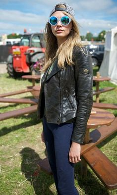 e89fc936580 Cara Delevingne in Matchless jacket   Le Specs sunglasses