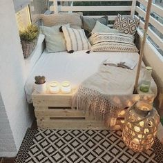 Gestalten Designing and setting up ideas for a narrow balcony - Terrasse und Balkon - Design RatBalcony Plants tan Furniture Small Porch Decorating, Apartment Balcony Decorating, Apartment Balconies, Decorating Ideas, Cozy Apartment, Decor Ideas, Interior Decorating, Narrow Balcony, Small Balcony Decor
