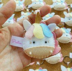 Sewing Crafts Animals Felt Ornaments 25 Ideas For 2019 Unicorn Ornaments, Felt Christmas Ornaments, Christmas Stockings, Unicorn Christmas, Diy And Crafts, Crafts For Kids, Felt Keychain, Felt Crafts Patterns, Felt Hair Clips