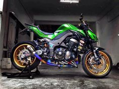 Kawasaki z1000 - austin racing Moto Car, Moto Bike, Motorcycle Bike, Ktm 125, Custom Street Bikes, Custom Bikes, Kawasaki Motorcycles, Cars And Motorcycles, Biker Photography