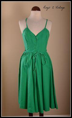 Vintage Kelly Green Bohemian Dress // Avon by Rags2VintageBoutique, $30.00