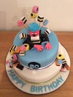 Bertie Bassett star burst birthday cake (top view) Cake Toppings, Top View, Dads, Birthday Cake, Star, Desserts, Men, Food, Tailgate Desserts