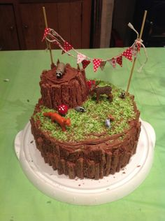 woodland fox and badger cake