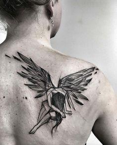 Inez Janiak est une jeune artiste qui pratique l'art du tattoo en Pologne, son style en mode esquisses un peu imparfaites est vraiment magnifique, ça donne une identité propre à chacune de ses créations, une touche personnelle dans le tatouage. J'ai fait une sélection dans ses créations, mais …