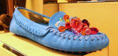 A jewel-shoe? Why not? Here's the proposal for a trendy ... mocassino! goo.gl/y5vg2D  Una scarpa gioiello? Perché no! Ecco la proposta per un mocassino ... alla moda!  goo.gl/5zXzd6
