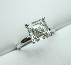 I thought I wanted a princess cut diamond. Yeah, I lied. I don't even care if the diamond smaller than this. I just want the asscher cut!