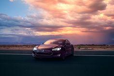 Tesla S P85D AWD Auto-Pilot Demo