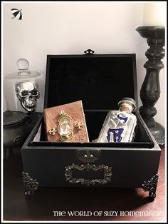 Hand decorated, ornate keepsake box, inspired by Harry Potter and The Chamber of Secrets by The World of Suzy Homemaker - www.suzy-homemaker.co.uk | @SuzyHomemakerUK
