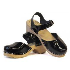 Skane Toffeln Black Laquer Sandals with standard sole