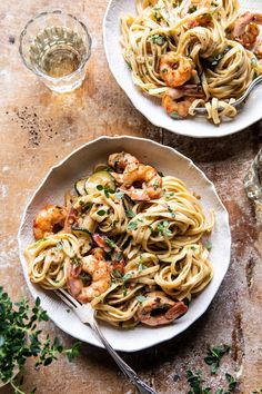 Garden Herb Shrimp Scampi Linguine, best for when you're in need of a dinner, but also need to impress your guests with something delicious. Seafood Recipes, Pasta Recipes, Gourmet Recipes, Dinner Recipes, Cooking Recipes, Healthy Recipes, Linguine Recipes, Keto Recipes, Cooking Pork