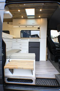 Germaine - Van Leben 2 - Germaine Best Picture For van life interior For Your Taste You are looking for somethin - Sprinter Camper, Camping Car Sprinter, Camping Car Van, Trailers Camping, Camping Hacks, Camping Items, Camping Guide, Camping Signs, Camping Gadgets