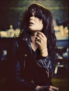 Alison Mosshart ... one of my latest vocal inspirations. Fucking dope.