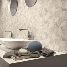 Mooie Esagona's in een badkamer.  Ook leuk voor een achterwand in de keuken. (21-WE) Tegelhuys.