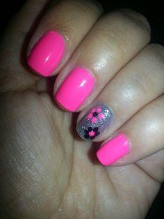 Pink & black flower nail art