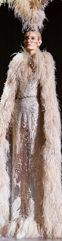 Spring 2021 Haute Couture Elie Saab Elie Saab Couture, Ellie Saab, Fashion Sketches, Evening Gowns, Beautiful Dresses, Ready To Wear, Dress Up, How To Wear, Fashion Design