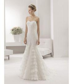Vestido de novia Pekin de Alma novias. Precio en temporada: 1550€