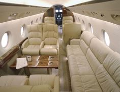 Inside the luxurious Gulfstream http://www.1502983.talkfusion.com/es/products