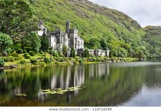 Kylemore Abbey, Connemara, County Galway 33 Places In Ireland You Won't Believe Are Real Ireland Vacation, Ireland Travel, Cork Ireland, Ireland Food, Lonely Planet, Places To Travel, Places To Go, Travel Things, Affordable Honeymoon