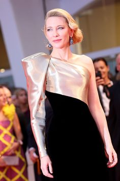 Cate Blanchett, Giorgio Armani's global beauty ambassador, on being 'the spirit' of Sì Cute Mothers Day Gifts, Wedding Bolero, Winter Sky, Armani Beauty, Effortless Chic, Cate Blanchett, Red Carpet Fashion, Couture Dresses, Femininity
