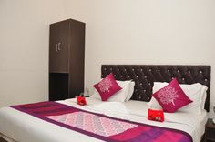 OYO Rooms Bus Stand Chowk