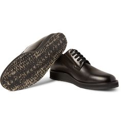 Set on thick rubber soles, Marni's Derby shoes combine timeless design with a dash of subversion. They have been crafted in Italy from smooth dark-brown leather that's just as reliable as standard black.