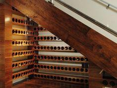 Trappen - onderin wijn stockeren