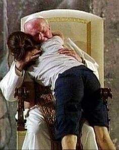 Pope John Paul II. Such a powerful picture. I want to give him a hug like this!