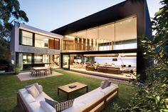 우아한 디자인 영감을 주는 해변의 럭셔리 하우스 (출처 Juhwan Moon)