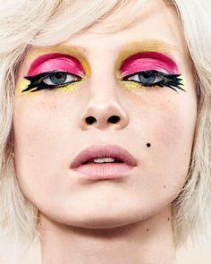 Official website of Marc de Groot, Fashion photographer based in Amsterdam. Vogue NL, Glamour, Scotch & Soda, Calvin klein,  Tommy Hilfiger, Levi's. Portraits of Chloe Sevigny, Anouk, Carice van Houten, Mark van der Loo