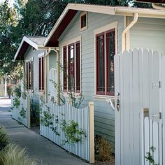 10 amazing guests images venice beach beach cottages beach houses rh pinterest com