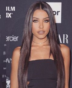 Madison Beer choosen as the most beautiful girl! Madison Beer Hair, Madison Beer Makeup, Estilo Madison Beer, Madison Beer Style, Madison Beer Outfits, Dark Hair, Brown Hair, Estilo Megan Fox, Beer For Hair