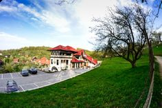 Spring in Bran, near the Bran Castle, at Brătescu Mansion. Romania, Castle, Pure Products, Boutique, Mansions, House Styles, Spring, Home Decor, Decoration Home