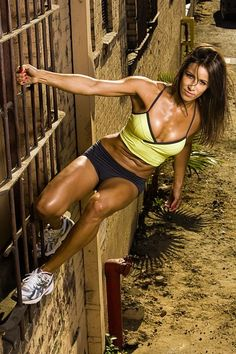 Get fit...Stay fit...Leg, ab and arm workout plans. Just the thing I need to get motivated!