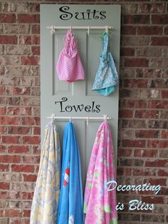 old door turned into suit/towel holder. for mom when she gets her house with a pool Pool Towel Holders, Towel Rack Pool, Towel Hanger, Towel Racks, Pool Organization, Organizing, Pool Storage, My Pool, Pool Fun