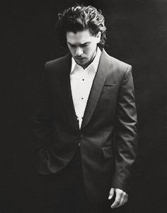 Find images and videos about game of thrones, jon snow and kit harington on We Heart It - the app to get lost in what you love. Kit Harrington, Jon Snow, Beautiful Men, Beautiful People, Beautiful Things, Eddard Stark, Alesso, King In The North, My Sun And Stars