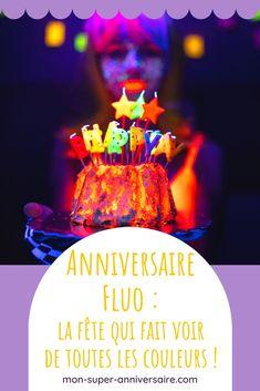 Tous nos conseils pour organisateur un superbe anniversaire fluo. Invitations, gâteau d'anniversaire ou idées déco pour ta salle de réception: on te dit tout! #anniversaire #fluo #fluorescent Dit, Birthday Cake, Invitations, Desserts, Black Tablecloth, Party Hats, Birthday Display, Tailgate Desserts, Deserts