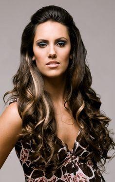 Modern Wavy Hair Styles
