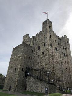 Rochester Castle, Louvre, Building, Travel, Viajes, Buildings, Trips, Traveling, Tourism